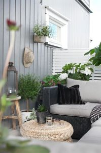 10 creative ideas to decorate your balcony 4
