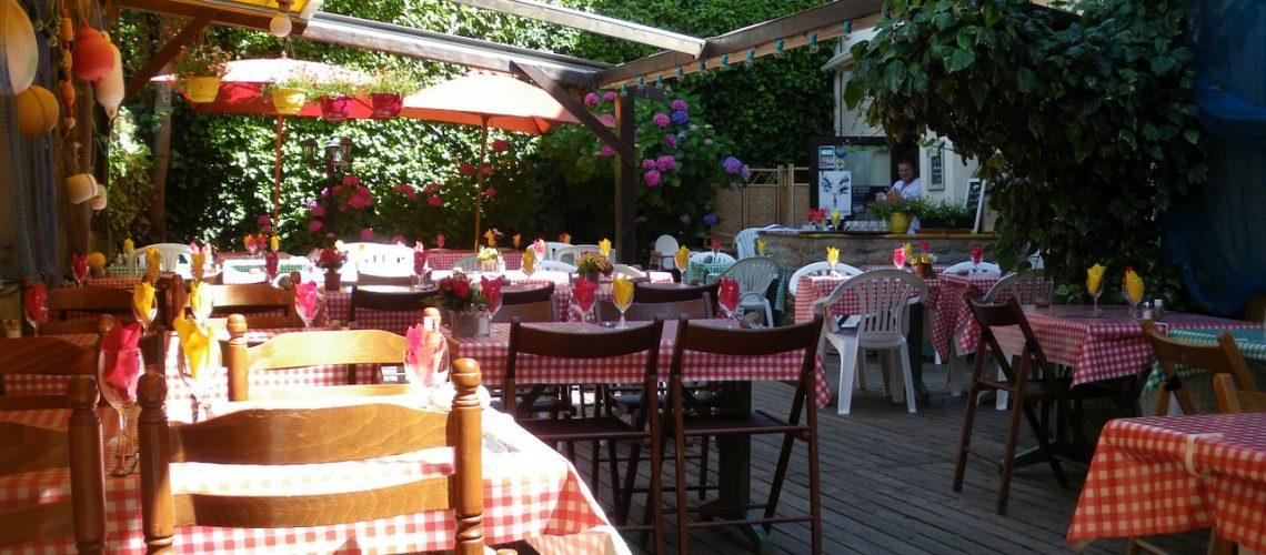 restaurant-489845_1280